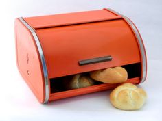 I think every house had a bread box on the counter in the 50u0027s and 60u0027s & i love these old bread boxes of days gone by   Products I Love ... Aboutintivar.Com