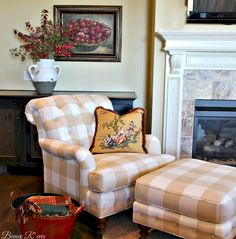 Beaux R'eves: Laying the Groundwork neutral buffalo checked chair and ottoman.  I just love the detail work of all the tufting and the buttons on the base of the ottoman.