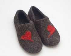 00e78bad26f0 READY to SHIP size EU 43  us womens 10.5 Felted Wool Clogs Red Heart best