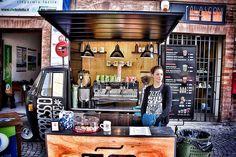 """Ape Car Espresso Coffee - Mini Espresso Coffee Van on a mythical Ape Car Piaggio. Le Marche Coffee Brand """"Caffè Pascucci"""" has organized this coffee point during the White Truffle Festival of Sant'Angelo in Vado near Urbino in Le Marche region, Central Italy #MadeinItaly #Piaggio"""