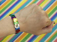 Quiet Lion Creations: Easy Sequin Bracelet