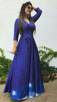 Shop Starry Print Belted Maxi Wrap Dress – Discover sexy women fashion at IVRose Indian Gowns Dresses, Modest Dresses, Nice Dresses, Prom Dresses, Dress Prom, Dress Outfits, Fashion Dresses, Mode Abaya, Trend Fashion