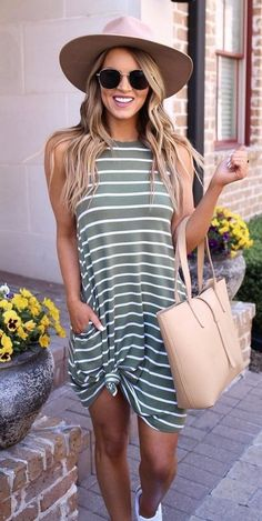 Cute Summer Outfits For Women And Teen Girls Casual Simple Summer Fashion Ideas. Clothes for summer. Summer Styles ideas Trending in Trendy Summer Outfits, Outfits For Teens, Spring Outfits, Summer Outfits For Vacation, Classy Outfits, Summer Clothes For Women, Summer Casual Outfits For Women, Summer Dress Outfits, Spring Clothes