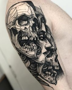 Twos skulls and face tattoo on shoulder Skeleton Tattoos, Skull Tattoos, Body Art Tattoos, Sleeve Tattoos, Tiki Tattoo, 4 Tattoo, Tattoo Script, Hairline Tattoos, Side Tattoos