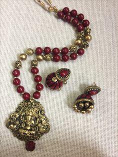 Wedding Jewelry, Diy Jewelry, Handmade Jewelry, Jewelry Design, Terracotta Jewellery Designs, Terracota Jewellery, Beaded Necklace Patterns, Beaded Bracelets, Necklaces