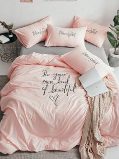 To find out about the Solid Letter & Embroidery Print Sheet Set at SHEIN, part of our latest Bedding Sets ready to shop online today! Cosy Bedroom, Bedroom Sets, Girls Bedroom, Bedroom Decor, Bedrooms, My Room, Girl Room, Cute Bedding, Girl Bedroom Designs