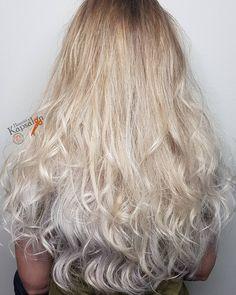 11 vind-ik-leuks, 0 opmerkingen - Henriët's Kapsalon (@henrietskapsalon) op Instagram: 'Balayage in een cool blonde tint. Lengtes in lage lagen geknipt. Wat een mooie bos gezond haar!…'