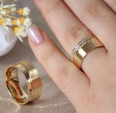 Top 5 Tungsten Ring Trends for 2020 Weddings Gold Ring Designs, Wedding Ring Designs, Gold Jewellery Design, Classic Wedding Rings, Diamond Wedding Rings, Wedding Ring Bands, Engagement Rings Couple, Traditional Engagement Rings, Gold Rings Jewelry