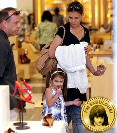 The Fabulous Life of Suri Cruise: She indulges in retail therapy!
