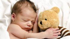 1. În medie, o ființă umană petreceaproximativ 6 ani din viață visând(ceea ce înseamnă cam două ore pe noapte). 2.Începând cu vârsta de 10 ani avem, în medie, între patru și șase vise în fiecare …