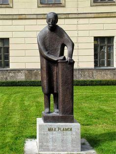Monument to Max Planck by Bernhard Heiliger, 1949, Humboldt University, Unter den Linden, Berlin