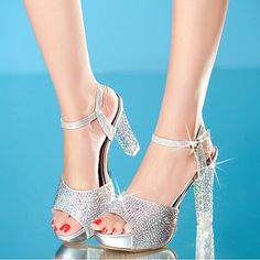 26.58$  Watch here - http://alirj2.shopchina.info/go.php?t=32360708607 - 2017 Summer New High Heels Sandals Women Shoes Crystal Platform Fish Head Blue Gold Silver Diamond Fashion Female Shoes ZK15 26.58$ #buyonline