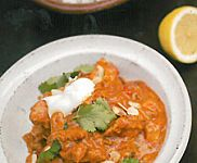 Supposedly the best chicken tikka masala recipe from chef Jamie Oliver Tikka Masala Paste, Pollo Tikka Masala, Chicken Tikka Masala, Chicken Tika, Korma, Biryani, Jamie Oliver, Rogan Josh, Martha Stewart Recipes
