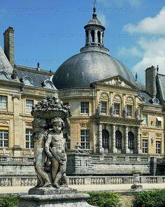 BAROQUE ARCHITECTURE 17TH CENTURY  Le Vau,Louis,architect  Main Facade, Vaux-le-Vicomte palace, begun 1641. Interior decoration by Louis Le Brun (1619-1690), garden by Andre Le Notre (1613-1670).