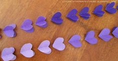 //Falling heart garland