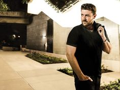 Love Chris Young? Counting the ways