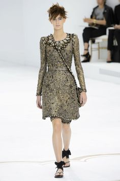 Outfit (Chanel)    Scale: 3.3