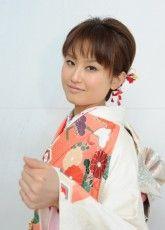 振り袖,写真,2014京都28 ふりそで美女スタイル〜振袖BeautyStyle〜 成人式会場で見つけたふりそで美女の写真ギャラリーです。振袖をレンタルする際や髪型や着付けなどで困ったらまずはチェック! http://www.furisode.gr.jp/