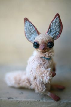 Tiny Siamese Foxy by Da-bu-di-bu-da Cute Fantasy Creatures, Cute Creatures, Magical Creatures, Toy Art, Ooak Dolls, Art Dolls, Paperclay, Little Doll, Little Monsters