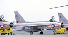 English Electric Lightning of 29 Squadron at RAF Wattisham in 1972 Lightning Aircraft, Air Force Aircraft, Navy Aircraft, Fighter Aircraft, Fighter Jets, Military Jets, Military Aircraft, Electric Aircraft, V Force