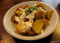 Pečené zemiaky s bryndzou a pažítkou