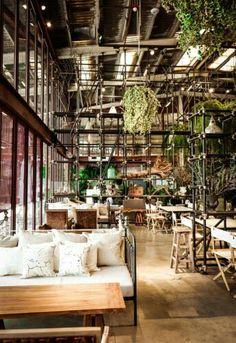 https://i.pinimg.com/236x/38/29/d2/3829d2f674f4ea48e006c51b6c4a6f0e--warehouse-bar-warehouse-homes.jpg