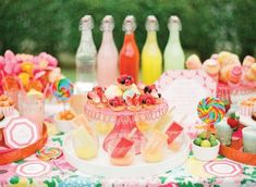 Lilly Pulitzer inspired dessert station- Loved the brights! Orange And Pink Wedding, Orange Pink, Coral Pink, Shabby Vintage, Shabby Chic, Colorful Desserts, Colorful Party, Bridesmaid Luncheon, Bridal Luncheon