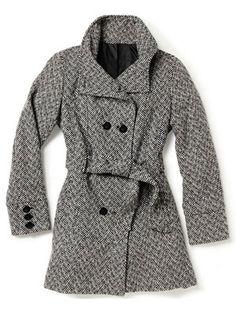 For a stylish winter coat, the Burlington Coat Factory Winter Coat has a fun funnel collar and a peplum hem in back. #burlingtoncoatfactory #coats