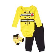 This versatile pant set from Vitamin Kids has three easy pieces that can dress your little one. The bodysuit has been designed with an envelope neck which will slip easily over your baby's head without stretching out of shape. It is yellow and features a