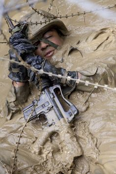 Any civilian complaining about how hard their job is needs to look at this & shut their piehole. Just the mental stamina it takes to stay calm & breathe instead of freaking out is huge. Look at his face, that is absolute determination & discipline.