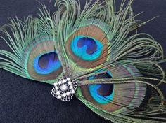 Beautiful retro fascinator.  I would love to wear this.    #1920s