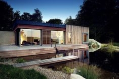 Outstanding New Forest Homes in UK: Amazing Architecture Forest House Design Exterior With Small Modern Home Shaped Decoration Ideas With Waterfountain Architecture Durable, Architecture Résidentielle, Beautiful Architecture, Sustainable Architecture, Contemporary Architecture, Contemporary Design, Forest House, New Forest, Forest Park