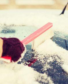 Zo-help-je-jouw-auto-de-winter-door