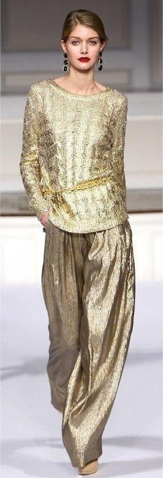 Gold & shiny & comfy--Oscar de la Renta