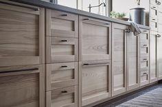 meubles-cuisine-ikea-armoires-placards-sous-évier-bois-clair