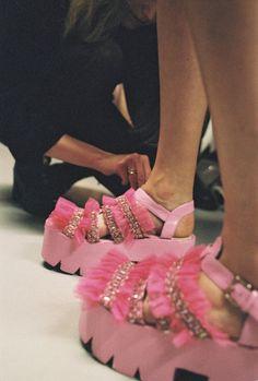 Leanna Croshaw is the fashion grad creating a culture clash - Gallery 1 - Image 3