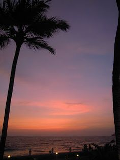 So pretty! Living in Sin: Sunsetting at the Galle Face Hotel, Old Charm in Colombo
