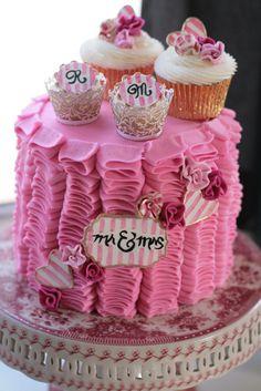 cupcake cake....cute