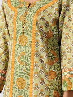 Green Block-printed Cotton Kurta Source by clothes kurti Chudidhar Neck Designs, Neck Designs For Suits, Neckline Designs, Dress Neck Designs, Sleeve Designs, Blouse Designs, New Dress Design Indian, Pakistani Dress Design, Pakistani Dresses