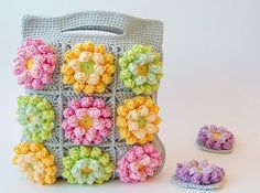 Crochet Purses Design Blooming garden crochet bag - I've been thinking about colors. I'm not sure I know the answer to the question whether I am the one who chooses a particular color or colors pick out me. Crochet Crafts, Crochet Toys, Crochet Projects, Knit Crochet, Crochet Motifs, Crochet Squares, Crochet Patterns, Crochet Handbags, Crochet Purses