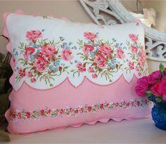 Posey pillow with rick rack