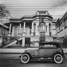 My Ford Phaeton 1929 in front of one old mansion from the end of 19th century at Cleveland Parkway, Sao Paulo - Brazil