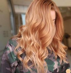 Light Caramel Hair, Hair Color Caramel, Growing Out Short Hair Styles, Long Hair Styles, Hairstyles Haircuts, Cool Hairstyles, Blinde Hair, Blonde Tips, Strawberry Blonde Hair Color