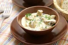 Шампиньоны в сметанном соусе рецепт - Вкусно готовим дома