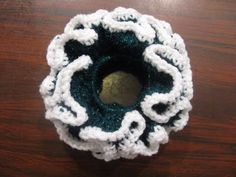 This Scrunchie makes a Great summer crochet project and can be made in any color to go well with easter dresses! http://www.youtube.com/watch?v=3Tk6jmkeaks