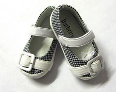 Folwarczny Folwarczny Bogner Burberry Little Girl Shoes Little Girl Shoes, Little Girl Fashion, Girls Shoes, Kids Fashion, Girls Footwear, Baby Burberry, Burberry Shoes, Ashley Clothes, Kids Sandals