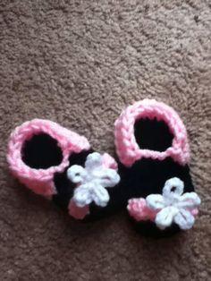 Handmade Crochet Baby Newborn Toddler Flower sandals by CathysCreationsNC, $15.00