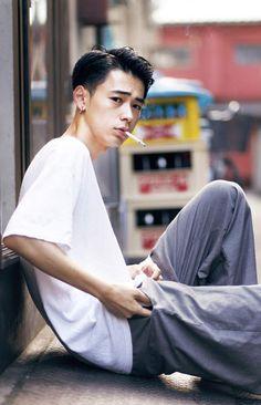 成田凌 Japanese Men Hairstyle, Asian Men Hairstyle, Asian Haircut, Hair Reference, Grunge Hair, Male Face, Haircuts For Men, Beautiful Men, Curly Hair Styles