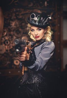 steampunktendencies:  Diana Lipkina.