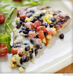 Loved this recipe.  I used taco sauce instead of bbq sauce & used Pillsbury pizza dough. (4/5)